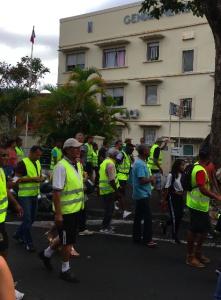 Marseillaise devant la gendarmerie